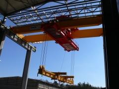 Dvounosnkoovy mostovy jerab GDMJ 50t-15,4m_04