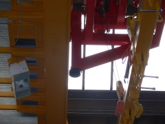 Magnetový žeriav GKMJ 10t/15.340m s konzolovou mačkou_6