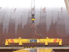 Portálový žeriav v MCE Hyíregyháza - stav pred modernizáciou - magnetová traverza