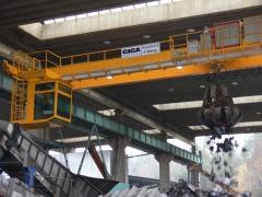 Mostový žeriav GDMJ 8t/16,5m s kabínou a drapákom pre KOVOHUTY Příbram_9